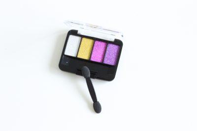 Pretend Glitter Eyeshadow